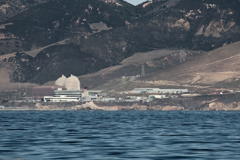 Diablo_Canyon_Power_Plant_from_Port_San_Luis-768x512