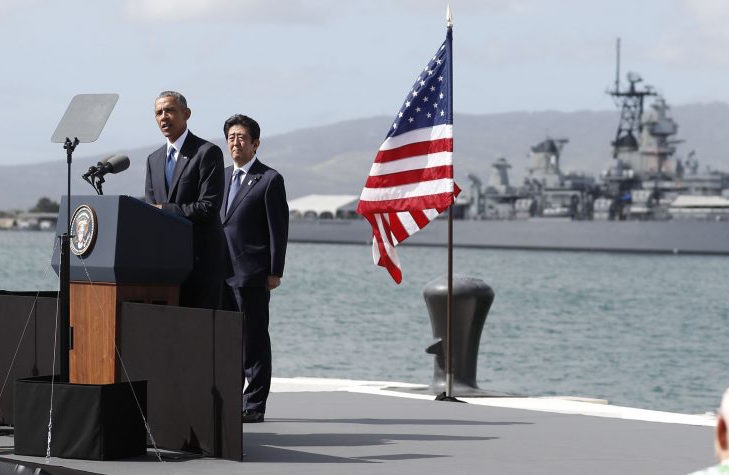 オバマ@真珠湾 20161228_Obama_Abe_Pearl_Harbor3-1-1140x530