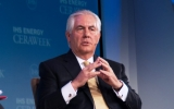 テイラーソンwiki Rex_Tillerson_at_IHS_Energy_Week