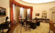 ホワイトハウス執務室