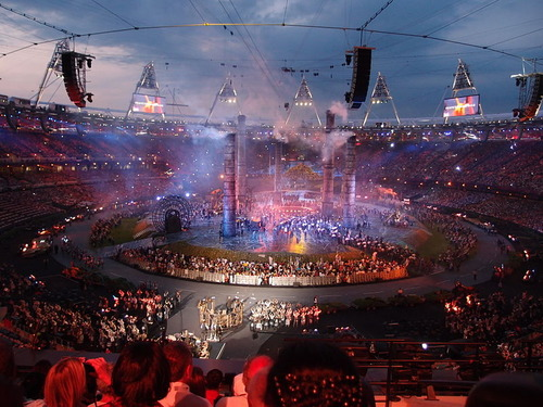 800px-2012_Summer_Olympics_opening_ceremony_(11)